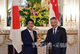 Lãnh đạo Nhật Bản, Singapore nhất trí về TPP, Biển Đông