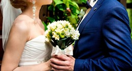 Tỷ phú Mỹ 68 tuổi kết hôn nhầm với cháu nội