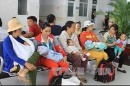 Trẻ mắc bệnh hô hấp tăng đột biến, bệnh viện TPHCM quá tải