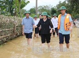 Chủ tịch Quốc hội động viên nhân dân vùng rốn lũ Hà Tĩnh