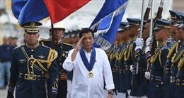 """Thực chất của chiến lược """"xoay trục"""" sang Trung Quốc của ông Duterte"""