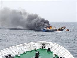 Cảnh sát biển Hàn Quốc bắn 700 phát đạn, kịch chiến với tàu cá Trung Quốc