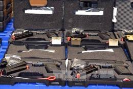 Tịch thu số lượng lớn súng quân dụng tại sân bay Tân Sơn Nhất