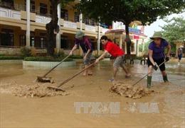 4 người chết, 12 người bị thương do mưa lũ miền Trung