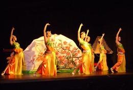 Hội tụ các thế hệ ngôi sao âm nhạc Việt Nam