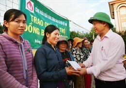 Hơn 2.100 suất quà tới vùng lũ miền Trung