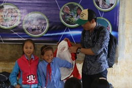 MC Phan Anh với thông điệp đặc biệt về học trò vùng lũ