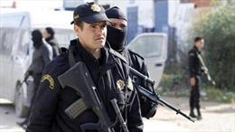 Tunisia phát hiện 4 kho cất giấu vũ khí gần biên giới Libya