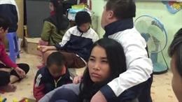 Xúc động phóng sự tình thầy trò của những đứa trẻ nhiễm chất độc da cam