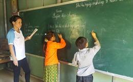 Những thầy cô ươm chữ ở vùng cao