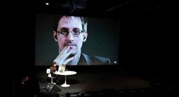 Dự báo số phận thảm khốc đón chờ Snowden