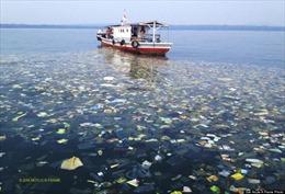 Indonesia đẩy mạnh chống rác thải nhựa trên biển
