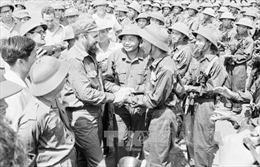Lãnh tụ Fidel Castro - ngọn cờ đầu trong phong trào đoàn kết với Việt Nam