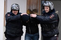 Tình nghi tống tiền, nhạc sĩ Pháp bị Nga tạm giữ