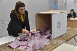 Thủ tướng Italy từ chức, phe đối lập kêu gọi bầu cử sớm