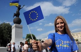 EU khai thông việc miễn thị thực cho công dân Ukraine