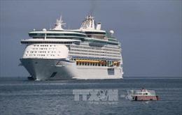 Nhộn nhịp mùa du lịch tàu biển