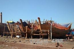 Mánh khóe 'moi' hàng trăm triệu đồng hỗ trợ tàu cá đánh bắt xa bờ