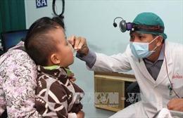 Cúm A (H1N1) dễ tấn công và lây lan khi chuyển mùa