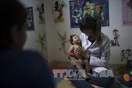 Virus Zika có thể nhân bản trong não trẻ