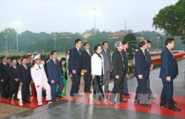 Lãnh đạo Đảng, Nhà nước vào Lăng viếng Chủ tịch Hồ Chí Minh và tưởng niệm các Anh hùng liệt sỹ