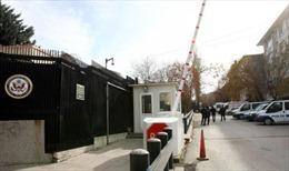 """Thổ Nhĩ Kỳ: """"Sự cố an ninh"""" tại ĐSQ Mỹ sau vụ ám sát Đại sứ Nga"""