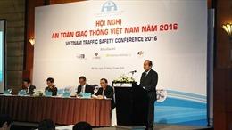 Thay đổi hành vi để xây dựng xã hội an toàn giao thông