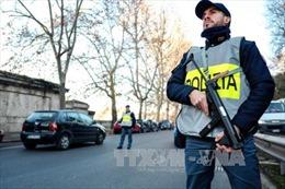 Lo lắng về an ninh đêm Giao thừa, Italy triển khai cả lính bắn tỉa