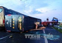 Nhanh chóng vào cuộc xử lý vụ tai nạn cao tốc Long Thành- Dầu Giây