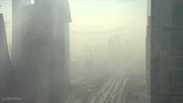 Khói mù 'hô biến' các tòa nhà ở Bắc Kinh