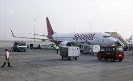 Trục trặc kỹ thuật, máy bay Ấn Độ chở 176 hành khách phải hạ cánh khẩn cấp