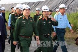 Kiểm tra công tác xử lý chất độc dioxin tại sân bay Đà Nẵng