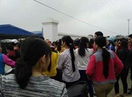 Hơn 600 công nhân Công ty giày Phúc Thành ( Thanh Hóa) đi làm trở lại