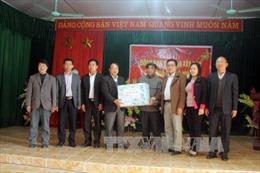 Ban Chỉ đạo Tây Bắc tặng quà Tết cho đồng bào vùng cao tỉnh Tuyên Quang