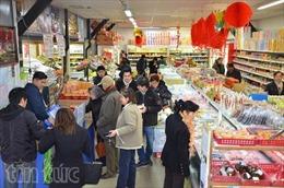 Sôi động hội chợ đón Tết Việt giữa Paris