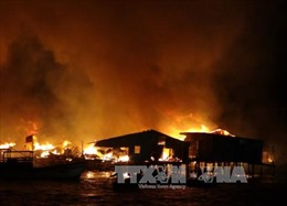 Khánh Hòa: Cháy nổ kinh hoàng lúc nửa đêm, chưa rõ thiệt hại về người