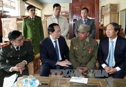 Chủ tịch nước mong các chiến sĩ khắc phục khó khăn, vui xuân đón Tết