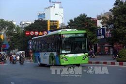Tạo cú hích cho xe buýt ở Hà Nội - Bài cuối: Tăng xe, bổ sung dịch vụ tiện ích