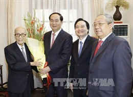 Chủ tịch nước Trần Đại Quang thăm, chúc Tết các trí thức tiêu biểu của thủ đô Hà Nội