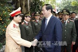 Chủ tịch nước Trần Đại Quang thăm, chúc Tết cán bộ, chiến sĩ Phòng Cảnh sát Giao thông Hà Nội
