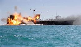 Xem phiến quân Yemen táo tợn nã tên lửa tàu hải quân Saudi Arabia