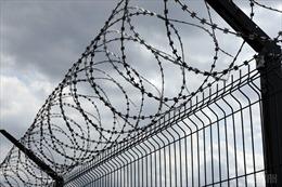 Latvia xây dựng hàng rào tại biên giới với Nga