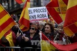 Cựu lãnh đạo xứ Catalonia ra tòa vì tổ chức trưng cầu dân ý