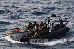 Nhiều thủy thủ Nga, Ukraine bị bắt làm con tin ngoài khơi Nigeria