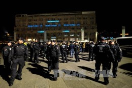 450 cảnh sát Đức lùng sục bắt 2 nghi phạm khủng bố