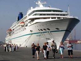 Tàu du lịch biển quốc tế Coral Expeditions 'xông đất' Bình Định