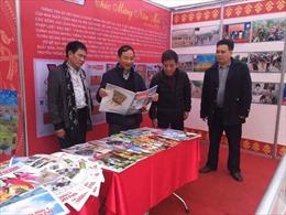 Thông tấn xã Việt Nam tham dự  Hội Báo Xuân Đinh Dậu 2017 Lào Cai