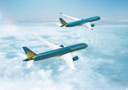 """""""Bay hạng Thương gia, tặng ngay thẻ Vàng hoặc Titan"""" với Vietnam Airlines"""