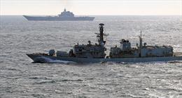 Nga: NATO cử hơn 50 chiến hạm 'hộ tống' tàu sân bay Đô đốc Kutnetsov