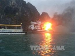 Quảng Ninh họp khẩn sau các vụ cháy tàu trên vịnh Hạ Long